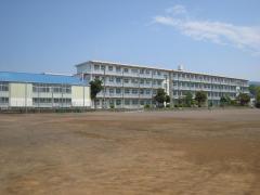 錦田中学校