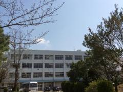 村上東中学校