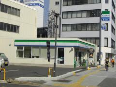 ファミリーマート伏見通大須店