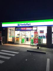 ファミリーマート津久居井戸山店