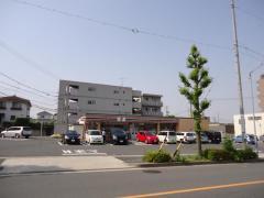 セブンイレブン名古屋鴻の巣店