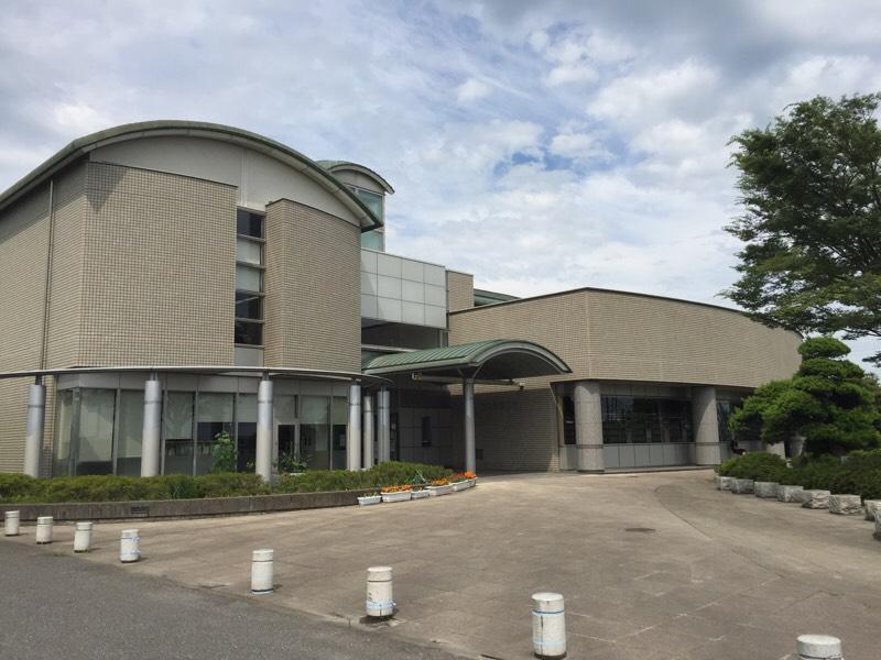 利根町図書館