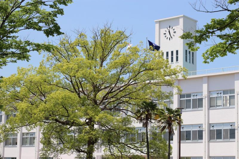 鈴鹿高専 校舎