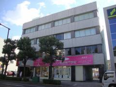 アルファジャパン美容専門学校