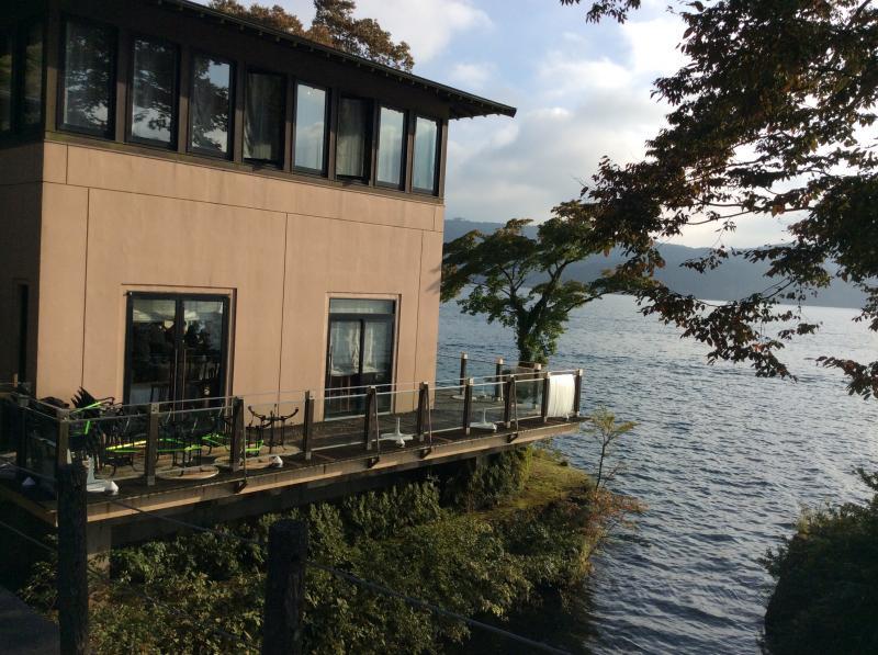 小田急山のホテルレストラン