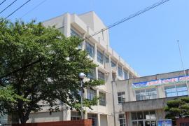 姫路市立東中学校
