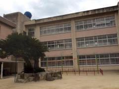 向島中央小学校