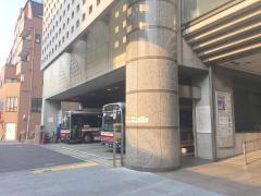 「北沢タウンホール」バス停留所