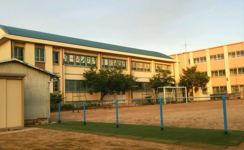 神戸市立櫨谷小学校