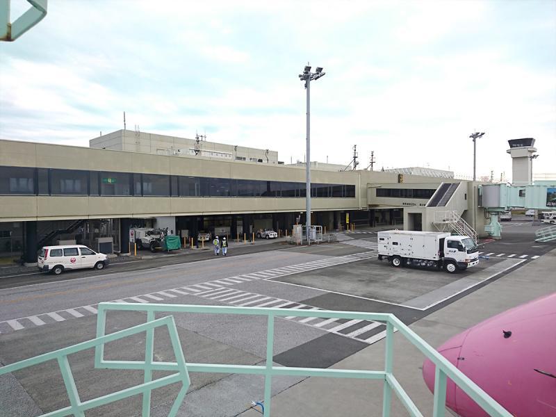 高知空港のターミナルビル