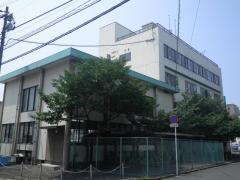 六本松学生交流会館