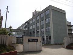 高岡西小学校