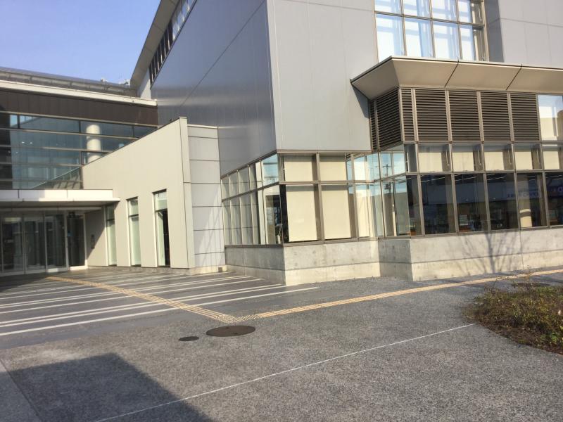下松図書館外観