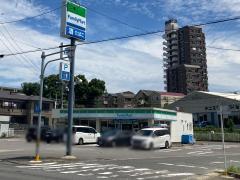 ファミリーマート 東海八幡新田店