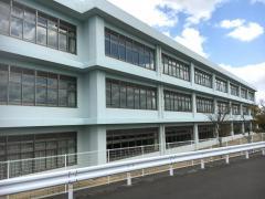 綾南中学校