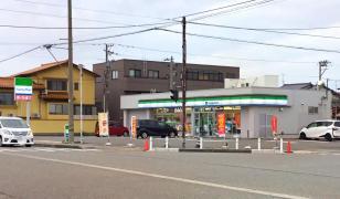ファミリーマート 金沢松村三丁目店