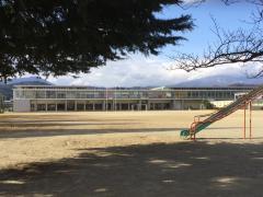 白石第二小学校