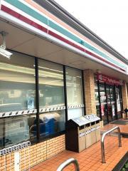 セブンイレブン 横浜峰沢町店