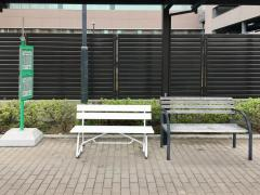 「上尾中央総合病院」バス停留所