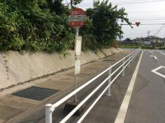 「メロディータウン入口」バス停留所