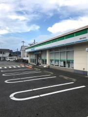 ファミリーマート 東岡山駅前店