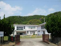 錦富小学校