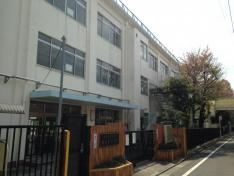 椎名町小学校