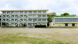 篠島中学校