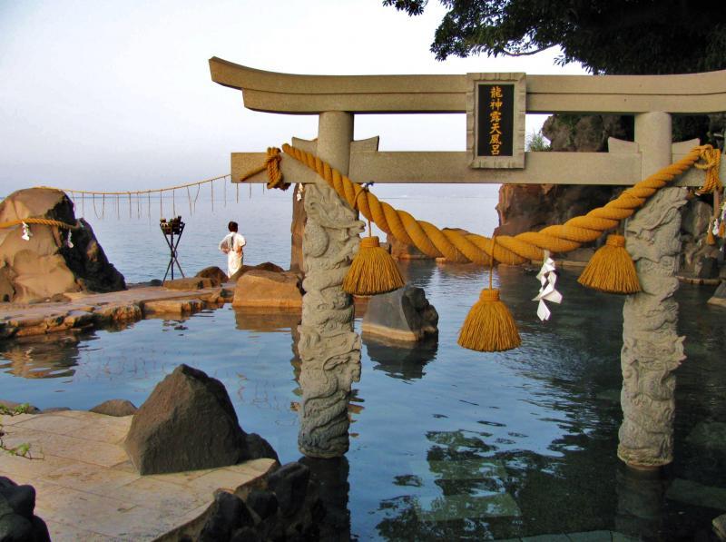 古里温泉の露天風呂