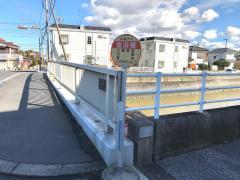 「塩浜橋」バス停留所