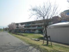 六日町小学校