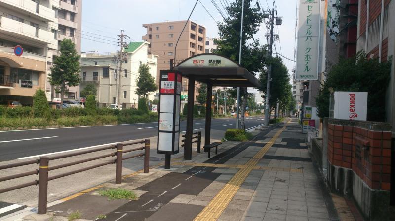 バス停外観全体