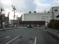 山口銀行富田支店