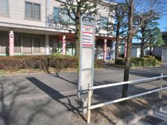 「IHI」バス停留所