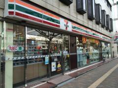 セブンイレブン 神戸中央中町通店