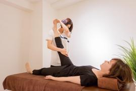 「骨盤・姿勢矯正」MAKANA整体治療サロン
