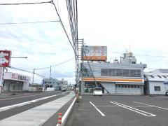 トヨタカローラ香川本社鬼無店