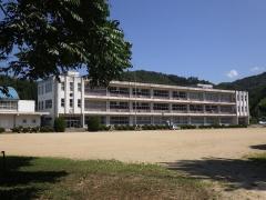 月舘小学校
