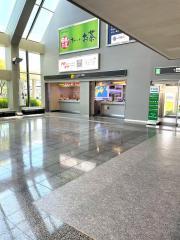 平成レンタカー松山空港店