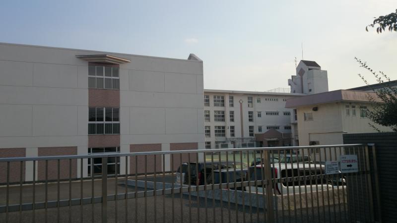 保土ヶ谷 中学校