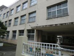 伏虎中学校
