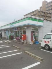 ファミリーマート 鹿島高津原店