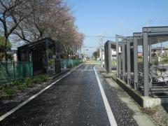 「東田中駅」バス停留所