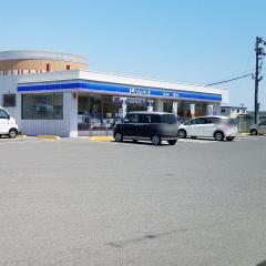 ローソン 吉野川牛島店