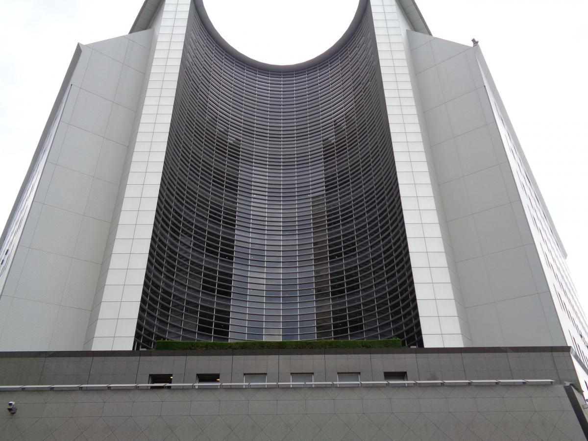 大阪府警察本部外観画像画像