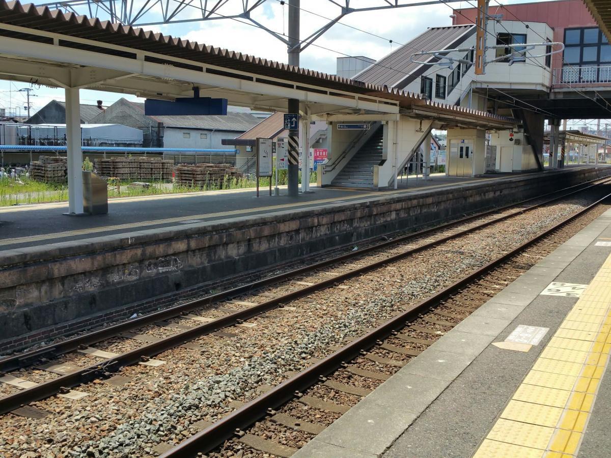 海老津 駅 から 博多 駅