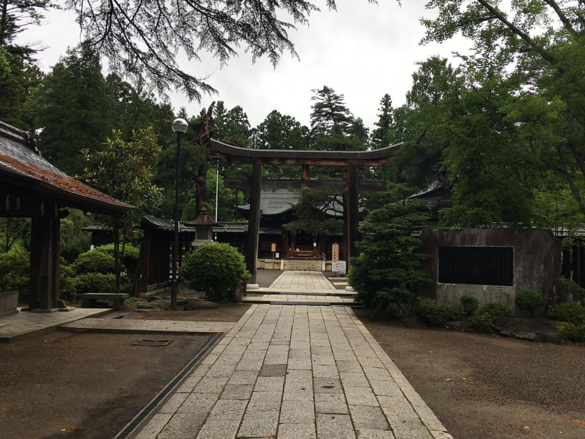 上杉神社。