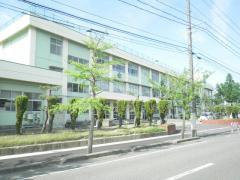 東曽野木小学校