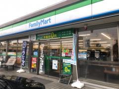 ファミリーマート 富山千代田町店