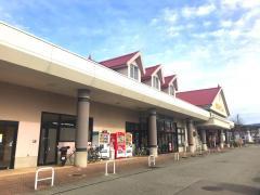 ショッピングセンターサンパーク辰口